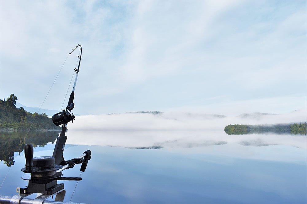 Fishing rod, lake