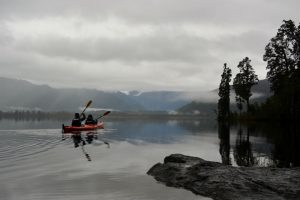 Glacier country kayaks, Lake Mapourika