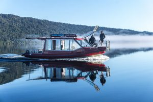 Cruise on Lake Mapourika