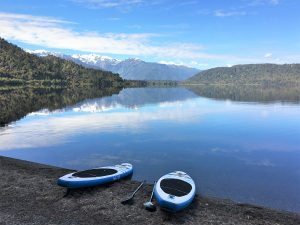stand up paddleboard hire lake mapourika